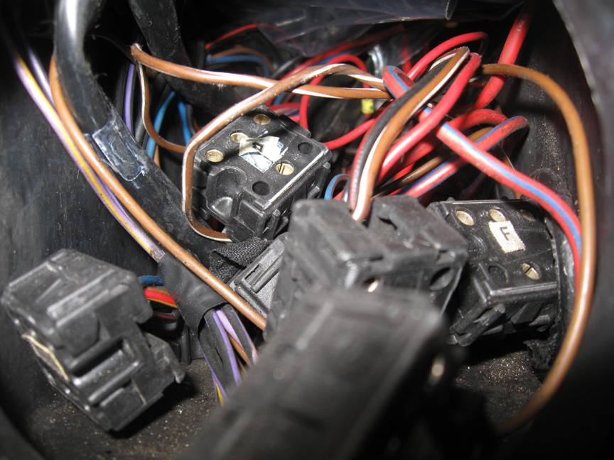 W126 Fuse Box - Wiring Diagram Section  Sd Fuse Box Diagram on