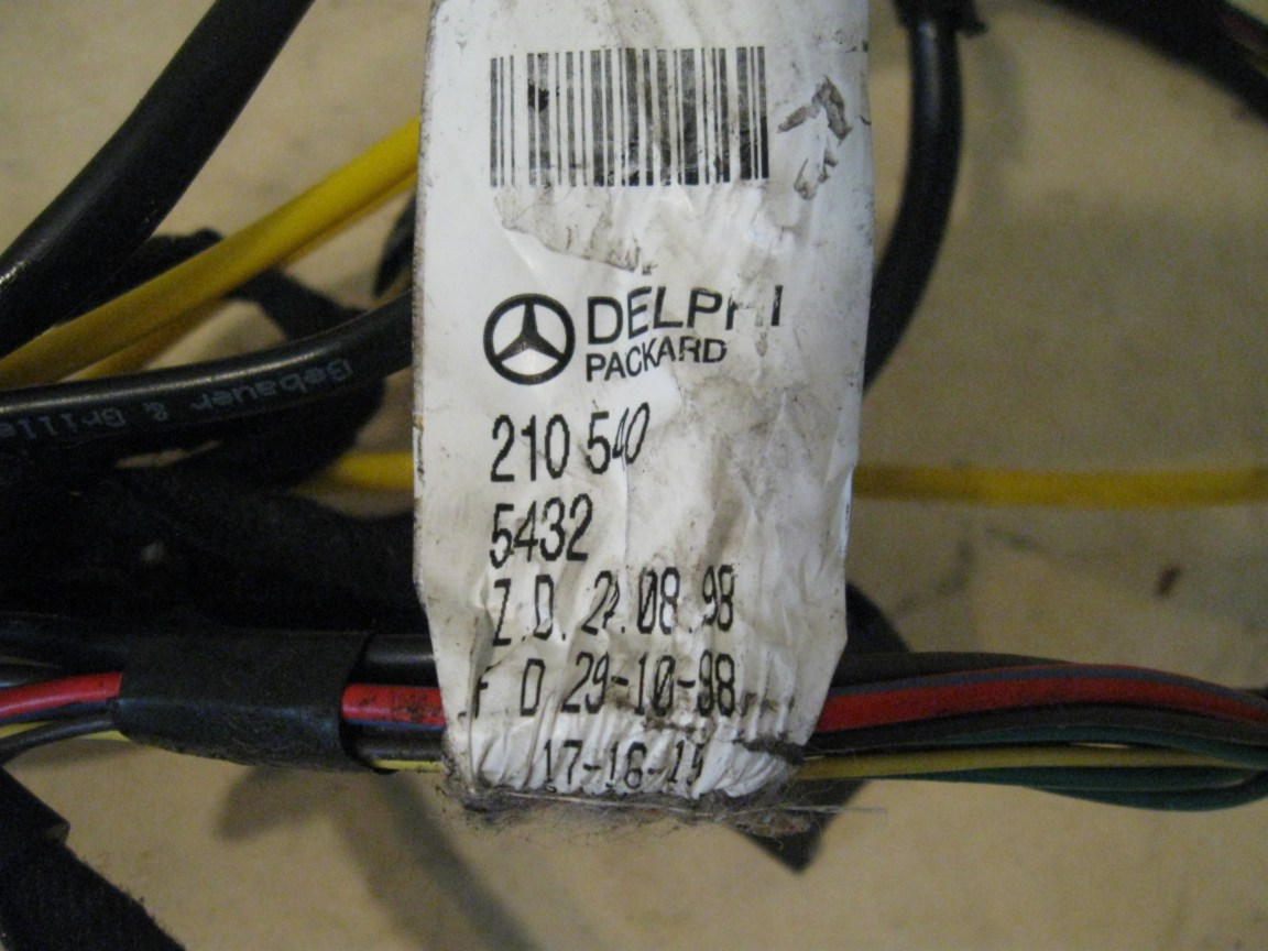 Stupendous Wire Harness Right Front Door Mb P N 2105405432 Mercedes W210 Wiring Cloud Xeiraioscosaoduqqnet